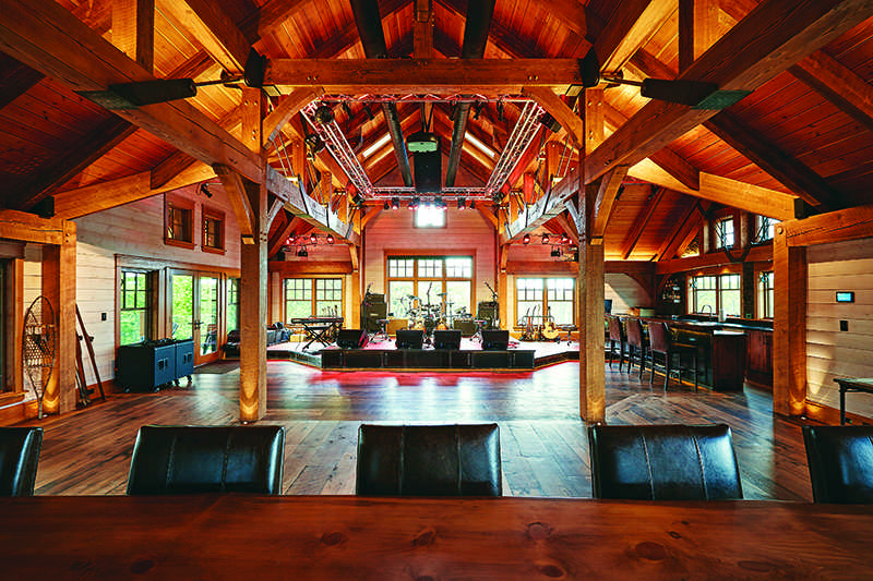 What's The Difference Between Log and Timber Homes?