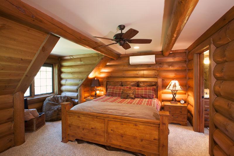 2ndfloorguestbed---Wisconsin-Log-Homes-&-KCJ-Studios