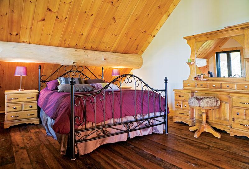 pmh3638ah-Master-Bedroom