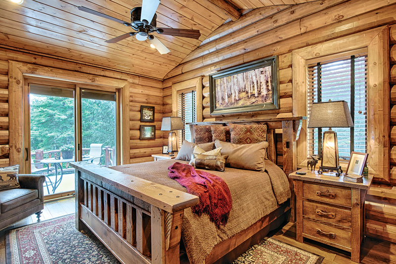 11 Log Home Bedroom Designs