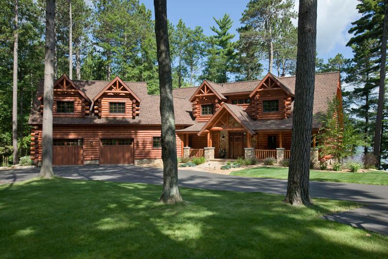 Craftsmanship Abounds in a Wisconsin HalfLog Home – Tomahawk Log Home Floor Plans