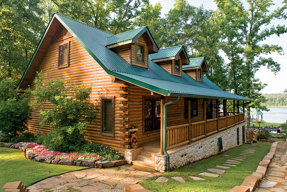 A custom crafted log home lives large for Www loghome com