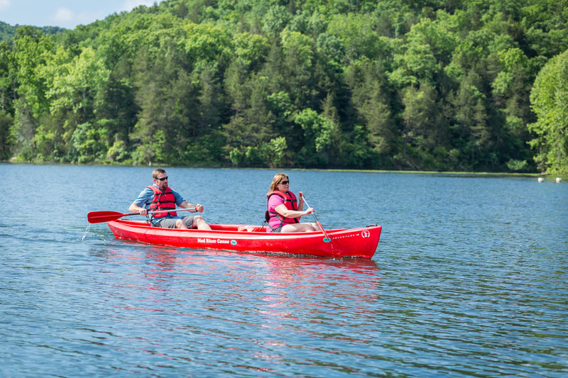 rsz_canoeing_lake_leatherwood_2