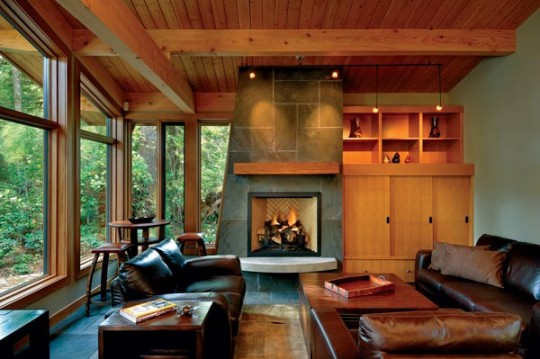 Contemporary-Canadian-Home-Bluestone-Fireplace-540x359