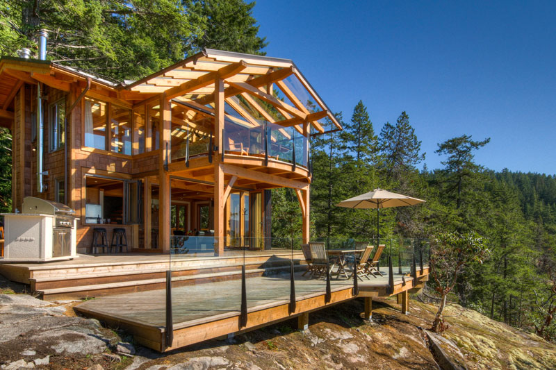 Design ideas for cabin decks and porches for Log home decks