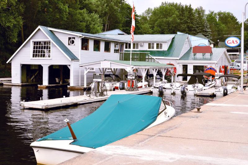CBN-F0515_boat-marina