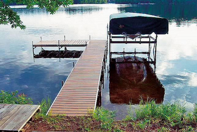 Choosing the Best Dock For the Cabin