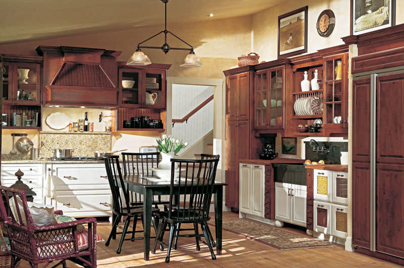 CL-March-Design-Ideas-Yorktowne-Cabinetry