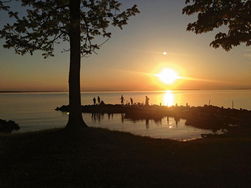 harborfishing_sunset