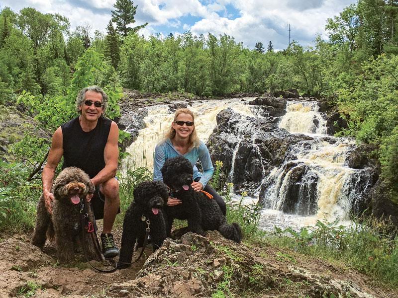 IMG_1383_Hike-at-the-Falls_Sidebar