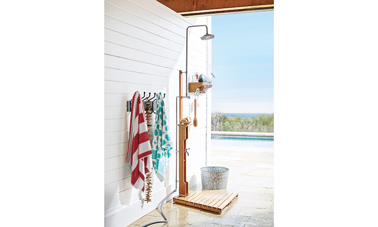 7 Ideas For Creating An Outdoor Shower For The Cabin