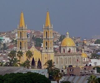 Buses to Mazatlán