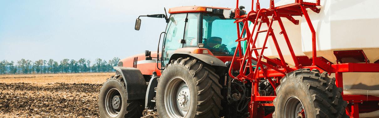 Asset-tracking-tractor-Simplytrak