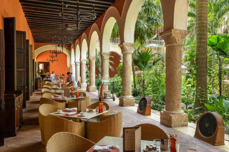 el-claustro-restaurant