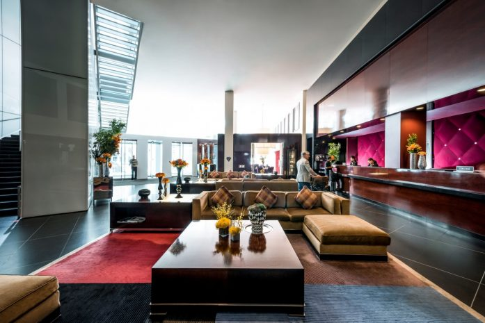 top-hotels-in-chicago-readers-choice-awards-2016-conde-nast-traveler