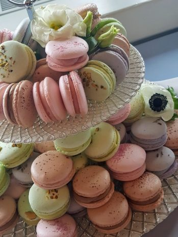 french-meringue-macarons