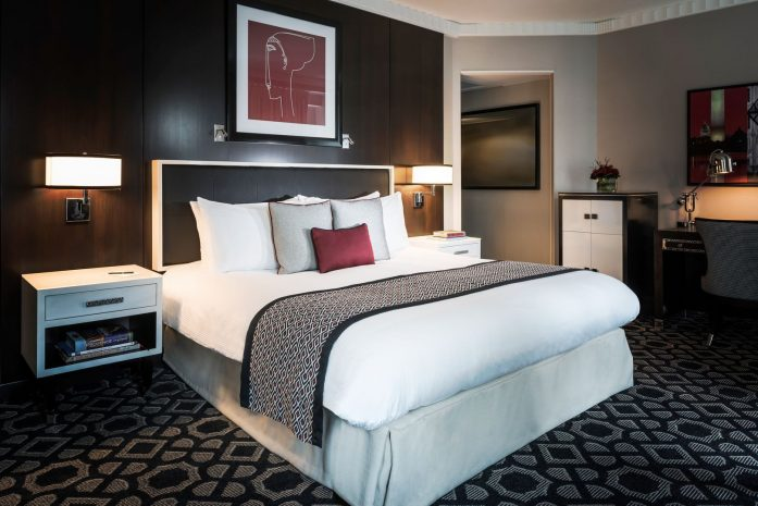 superior-king-bed-ada-accessible