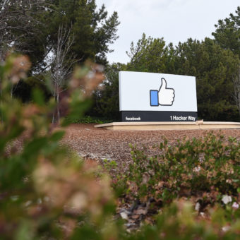 Shareholder sues Facebook after stock plunges