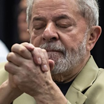 "Labour Party mentions impeachment and threatens a ""rain of legal actions"" to have Lula as their candidate"