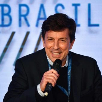 What if Amoêdo replaced Bolsonaro in the television debates?