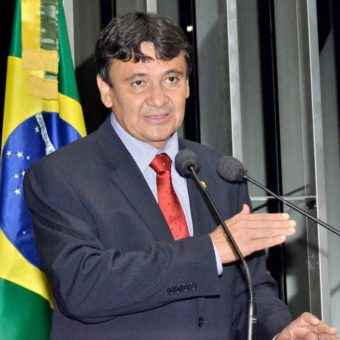 Leftist twiters have been paid to praise Piauí governor and Senator Gleisi Hoffman