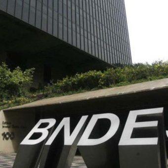 Bolsonaro repeats promise to open BNDES's black box