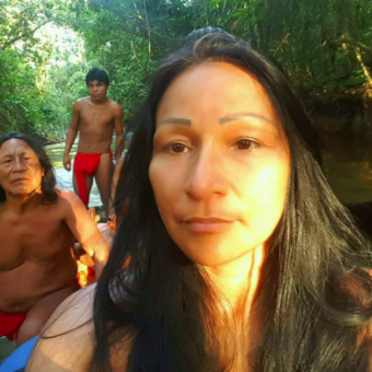 Who is the indigenous woman in Bolsonaro's team, and why is the story of her life so amazing?