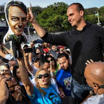 Eduardo Bolsonaro becomes a protagonist of the new government. And also becomes a target