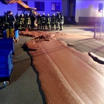 'Willy Wonka, that you?' A ton of chocolate leaked from a factory and flooded a German street.