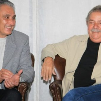 After refusing to meet with Bolsonaro, Tite says he made a mistake when he visited Lula