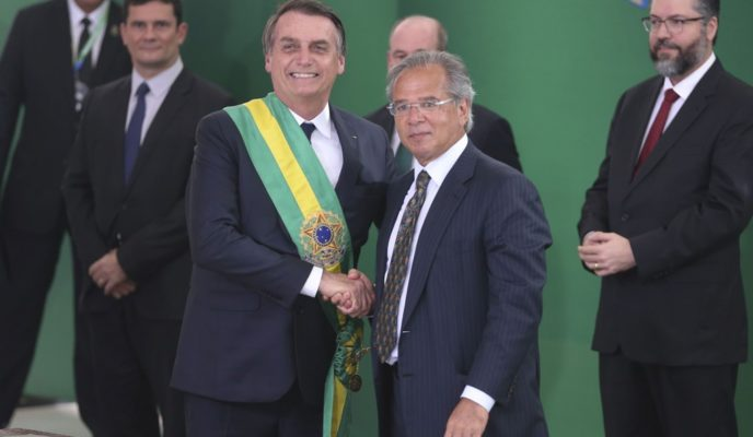 What taxes may Bolsonaro change without depending on Congress' approval?