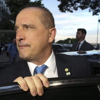 Onyx Lorenzoni 'collects' quarrels with his colleagues at the first rank of Bolsonaro's government