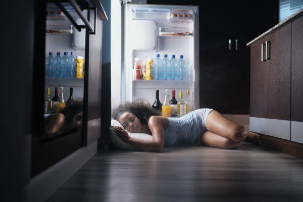 Improve sleep in hot nights with ten precious tips