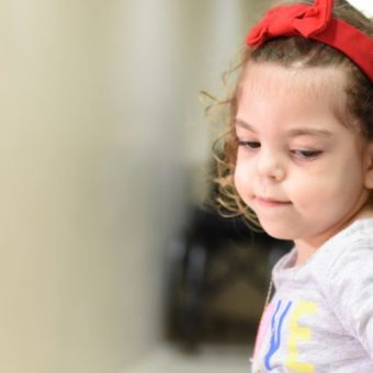 Ana Laura, a survivor of Pompe's disease, overcomes the obstacles of rare diseases in Brazil