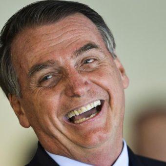 Bolsonaro's Carnival on social media: announcements, praises, and an obscene video