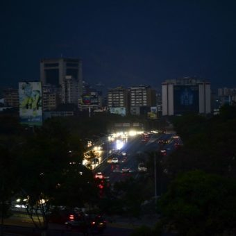 Venezuelans struggle to find food, water amid power outages