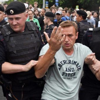 Russian police arrests hundreds of protesters in Moscow