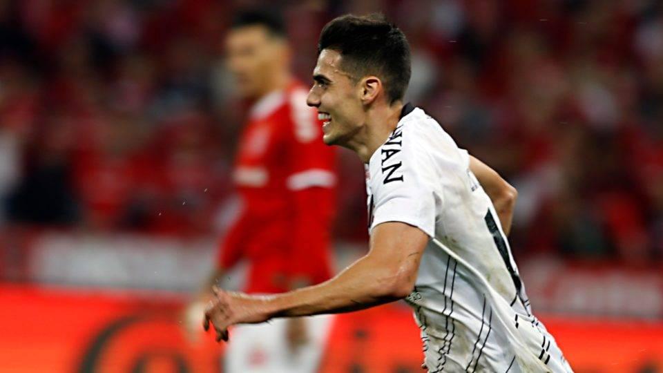 Athletico Paranaense Defeats Internacional And Wins 2019 Brazil Cup Texto Em Ingles Com Audio