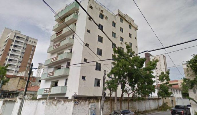 Seven-story building collapses in Fortaleza
