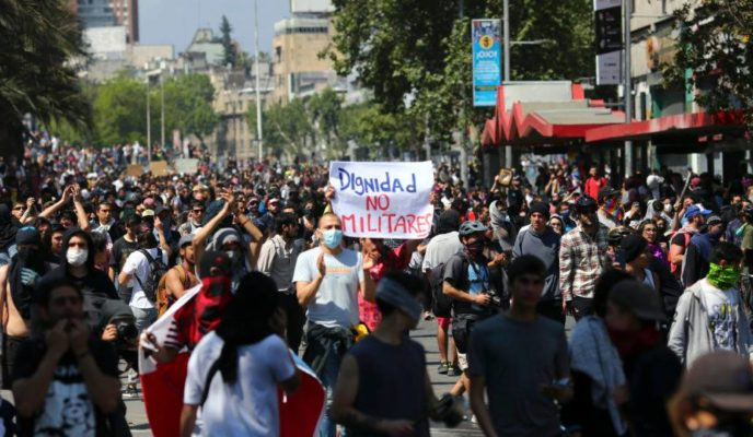 Weekend protests leave seven dead in Chile