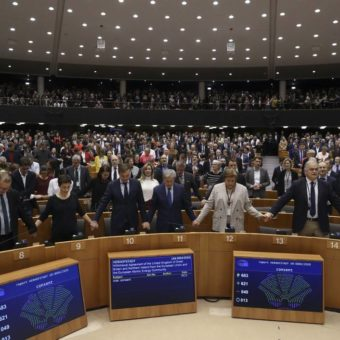European Parliament overwhelmingly approves Brexit deal