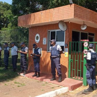 Foreign Affairs ministry expels Maduro's diplomats from Venezuelan embassy in Brasília