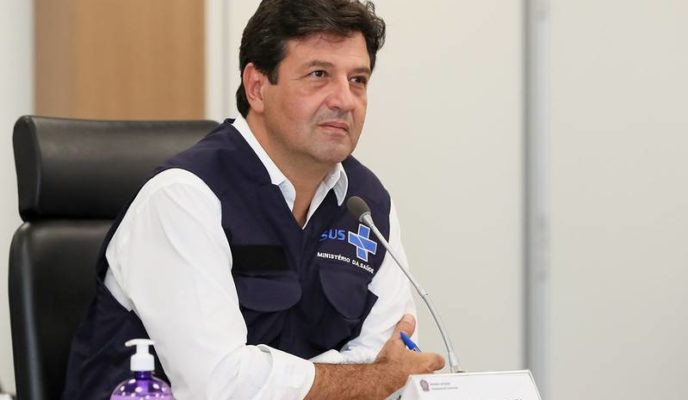 After dismissal rumors, Mandetta remains at the Ministry of Health