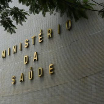 As coronavirus deaths surge, Brazil's government withholds data