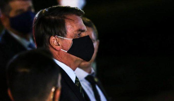 Bolsonaro met with at least 48 politicians and businessmen last week