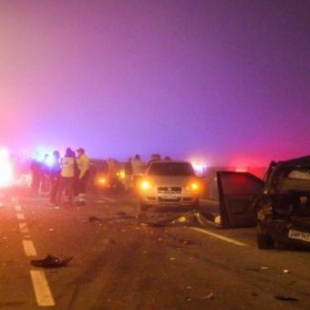 Massive car pileup kills 8 and injures dozens in Paraná