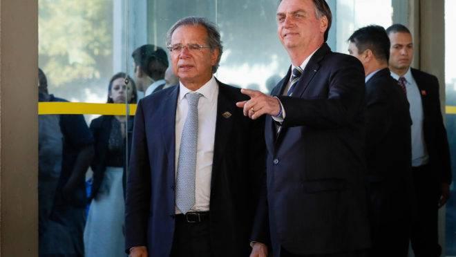 Bolsonaro vetoes R$ 1 billion church debt pardon