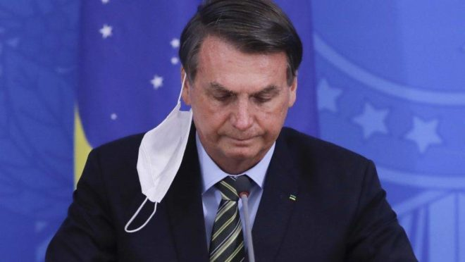 """Bolsonaro: """"Brazil is broken, there's nothing I can do"""""""