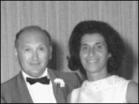 Davis Advertising Scholarship in Honor of Marion and Leonard Davis