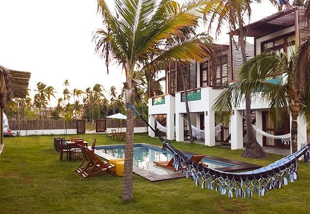 Agosto - Novembro: 2 diárias (check-in de domingo a quarta) em Suíte Térreo para 2 adultos + café da manhã de R$720 por R$499